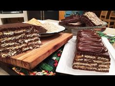 Turrón de avena, chocolate y leche condensada - Recetas – Cocineros Argentinos Macaroons, Christmas Fun, Tiramisu, Waffles, Make It Yourself, Cookies, Breakfast, Ethnic Recipes, Desserts