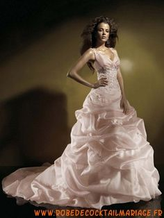Pink Ball Gown V-neck Applique Sweep Taffeta Bridal Gown for. Sell Your Wedding Dress, Size 12 Wedding Dress, Stunning Wedding Dresses, New Wedding Dresses, Colored Wedding Dresses, Bridal Dresses, Cheap Party Dresses, Party Dresses Online, Formal Dresses For Weddings