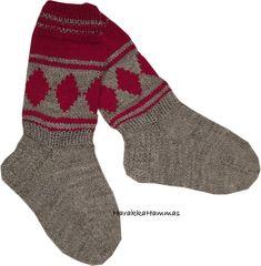 Dory, Knitting Socks, Knitting Patterns, Cross Stitch, Fashion, Tutorials, Knit Socks, Moda, Knit Patterns