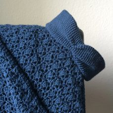 Here's my take on the Alpaca Your Wrap by Tamara Kelly/Mooglyblog. All blue!