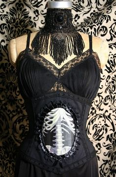 Elspie's Garden of Impossible Things.♥: Steampunk.♥   ***Would make a great dress for the Dance With Death Party too!