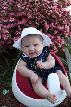 I love my hat! - Photo submitted by: Brandy Lynch @babycenter #bigdayout