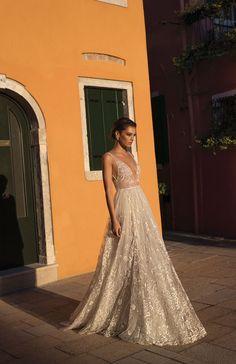 Glamorous Gali Karten Wedding Dresses 2018 #weddingdresses #bride #wedding #dresses #fashion