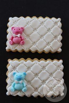 GALLETAS FONDANT PARA BAUTIZO Fancy Cookies, Iced Cookies, Cute Cookies, Cookies And Cream, Sugar Cookies, Fondant Cookies, Fondant Cupcake Toppers, Galletas Cookies, Cupcake Cookies