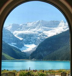 ✯ Lake Louise - Banff National Park, Canada