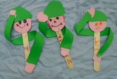 Nursery Activities, 28th October, Apple Seeds, Republic Day, Veterans Day, Kindergarten, Preschool, Birthday, Crafts