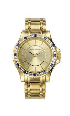 Que les parece nuestro Mark Maddox y su toque azul??   Reloj tres agujas brazalete con acabado IP Dorado y cierre desplegable. Bisel con incrustaciones. Cristal mineral e impermeable 30m (3ATM).
