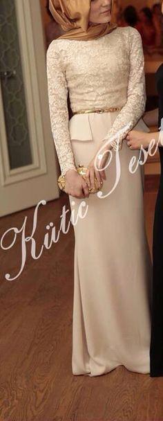 Tesettür Islamic Fashion, Muslim Fashion, Hijab Fashion, Muslim Dress, Hijab Outfit, Maxi Dress With Sleeves, Unique Fashion, Cool Outfits, Clothes
