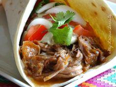 Aujourd'hui, je me lance dans la réalisation d'une recette traditionnelle mexicaine : LES TACOS AL PASTOR, et vous ne pouvez pas passer à côté !