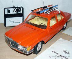 RICO Coche MERCEDES 450 Alpino Radio Control Proporcional, Color Naranja Made in Spain en su caja.