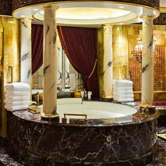 30 Best Room Pictures of the Week – June to June 2012 Bathroom in Burj Al Arab in Dubai – The Fab Web Tuscan Bathroom Decor, Gold Bathroom, Bathroom Styling, Bathroom Interior, Bathrooms Decor, Royal Bathroom, Bathroom Renovations, Bathroom Faucets, Moroccan Bathroom