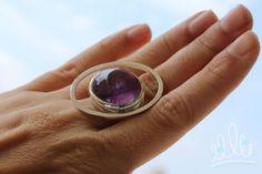 ... pra seguir falando de AMETISTAS | ANEL ÓRBITA LILÁS #125 anel em prata com anéis orbitando em volta de um planeta de ametista cabochão. #asjoiasdarainha #designexclusivo #joiasdeautor #designjoias #jewelry #jewelrydesign #fashionjewelry #moda #fashion #exclusive #unique #jewellery #highjewellery #hautejewellery #piezasunicas #creative #joiascriativas #ideias #ideas #feitoamao #handmade #hancrafted #comamor #handmadejewelry #prataepedras #ametista #amethist #amatista #silver #plata #anel…