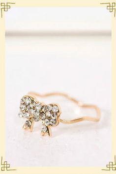 #Francesca`s              #ring                     #Bowtie #Ring #Size #Francescas                     Bowtie Ring in Size 6 - Francescas                                            http://www.seapai.com/product.aspx?PID=1886293