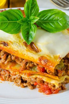 Weight Watchers Lasagna with Meat Sauce Recipe (8 Points)