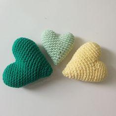 LiteVirkning - Tre olika virkade hjärtan. (crochet) Virka ett hjärta