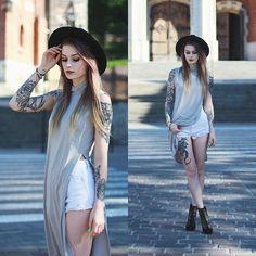 Get this look: http://lb.nu/look/8275839  More looks by Katarzyna Konderak: http://lb.nu/katepanth  Items in this look:  Deezee Heels   #casual #grunge #street #fancy #top