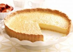 This french lemon tart is a sweet but sour dessert featuring zesty lemon juice, sugar, eggs, and a buttery crust. Lemon Desserts, Lemon Recipes, Tart Recipes, Sweet Recipes, Dessert Recipes, Cooking Recipes, Ricotta, Pasta Brisa, Tart Taste