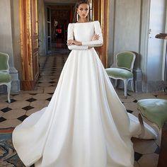stylish and chic wedding dress