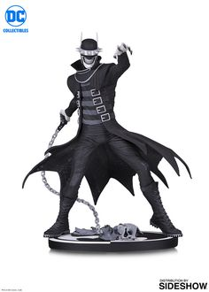 Ripped from the pages of DARK NIGHTS: METAL comes the Batman Who Laughs, a striking version of the Caped Crusader who makes nightmares shudder. Sculpted by Jonathan Matthews from the face-melting design by Greg Capullo, this statue is limited to pie Captain Marvel, Marvel Dc, Dc Comics, New Justice League, Batman Gifts, Greg Capullo, Black And White Lines, Cosplay, Bright Stars