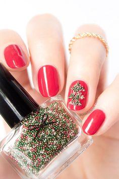 Pretty Easy Christmas Nails. #christmas2013 #christmasnails