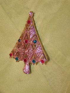 Gold Tone Christmas Tree Brooch Red Green Rhinestones