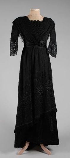 Black Satin Dress with Asymmetrical Black Lace Overlay, Maison Corsten, Rotterdam, 1912