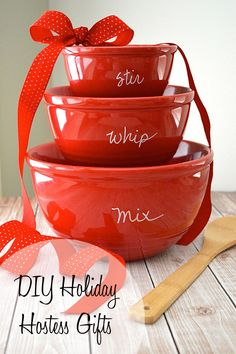 Our DIY holiday hostess gifts, including custom mixing bowls and YUM! spice rub, are sure to surprise and delight everyone on your Christmas list!