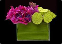 Fresh Lotus Pod/Floral Arrangement.   Ovando