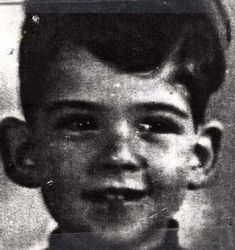 Manfred Berberich. Amsterdam. Sadly murdered at Auschwitz on 02.11.1944. 5 years old