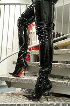 1000 images about lackstiefel patent thigh boots on. Black Bedroom Furniture Sets. Home Design Ideas