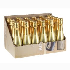 You can find a wide range of wine miniatures at Just Miniatures, including Bottega Gold Prosecco Buy online today and get free delivery when you spend over Gold Prosecco, Prosecco Sparkling Wine, Mini Prosecco Bottles, Champagne Ring, Mini Champagne, Gold Bottles, Mini Bottles, Just Miniatures, Pinot Noir Grapes