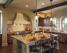 Mediterranean Kitchen Kitchen Islands Design