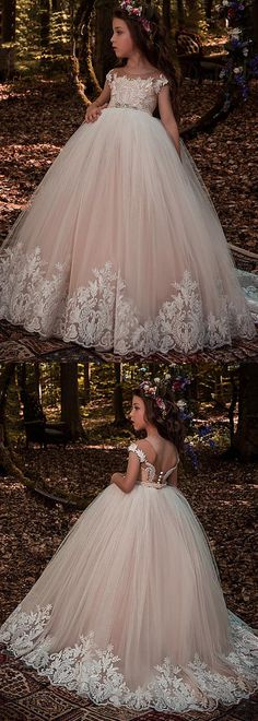 Modest Tulle Scoop Neckline Ball Gown Flower Girl Dresses With Lace Appliques & Beadings