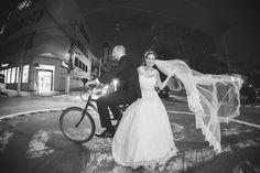 Para encerrar a semana de uma maneira muito especial, o Bem Me Quer Casar divide uma linda, emocionante e animada história de amor com um casamento inspirador. Corre agora para conferir! www.bemmequercasar.com.br