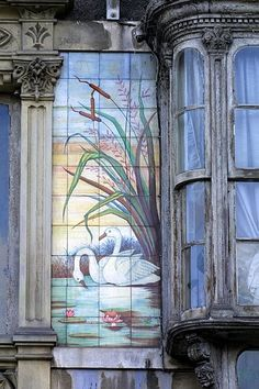 ventana modernista, la Coruña Stained Glass Art, Stained Glass Windows, Vienna Secession, Building Art, Spain And Portugal, Story Inspiration, Architecture Art, Art Deco, Plaza