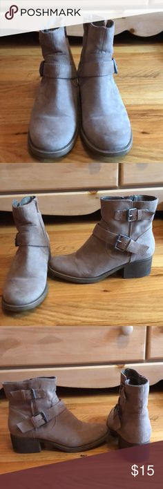 Dolce Vita Ankle Boots Dolce Vita Ankle Boots with low heel. Worn three times. Side zipper. Dolce Vita Shoes Heeled Boots