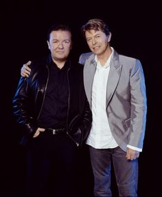 David Bowie and Ricky Gervais Two of my favorite people David Bowie, Ricky Gervais, The Thin White Duke, People Of Interest, Ziggy Stardust, Now And Forever, David Jones, Funny People, Funny Men