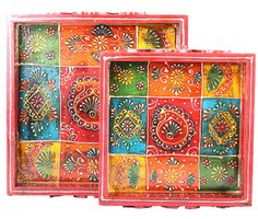 The set of trays come in two sizes and are crafted using the finest quality wood there is Painted Boxes, Wooden Boxes, Hand Painted, Painting On Wood, Wood Paintings, Rajasthani Painting, Indian Folk Art, Decoupage Art, Art N Craft