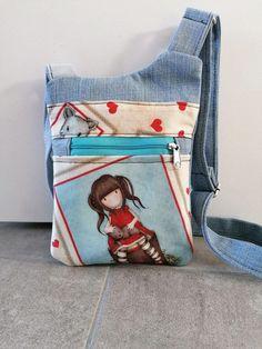 Pochette Be-Bop en jean et coupon illustré cousue par Laura - Patron Sacôtin