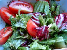 Sałata z pomidorem