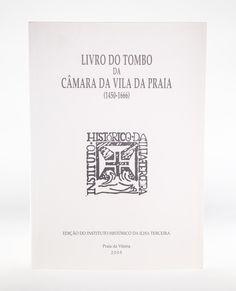 """""""Livro do Tombo da Câmara da Vila da Praia"""" O livro ou códice que serve de Tombo da Vila da Praia contém o registo de documentos datados de 1450 a 1666. O registo iniciou-se no fl. 7, em 1606, conforme consta a fl. 128v e terminou em 1670. O sumário ou índice, com início a fl. 3v, só posteriormente foi introduzido, provavelmente na sequência da comissão dada a Antonio Diniz de Araújo para rubricar o livro, por termo lançado a fl. 2, em 1800. Disponível em: www.madeinazores.eu"""