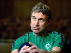 Bremen (dpa) - Werder Bremens Aufsichtsratschef Marco Bode hat die Situation beim Fußball-Bundesligisten als kritisch bezeichnet. Vor dem Heimspiel...