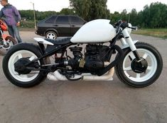 Concept Motorcycles, Cars And Motorcycles, Bobber Style, Bmw Boxer, Cafe Bike, Motorcycle Design, Bike Life, Sport Bikes, Custom Bikes