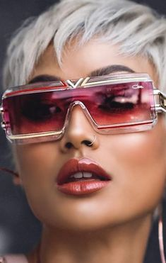 Swans Style is the top online fashion store for women. Shop sexy club dresses, jeans, shoes, bodysuits, skirts and more. Funky Glasses, Cool Glasses, Girls With Glasses, New Girl, Training Fitness, Dolly Fashion, Fashion Eye Glasses, Cooler Look, Versace