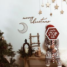 Skater Dresses, Christmas Parties, Photo Booth, Ladder Decor, Santa, Merry, Home Decor, Photo Booths, Decoration Home