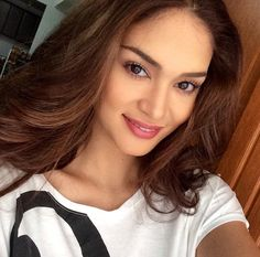 No makeup look. Miss Universe 2015 Pia Alonzo Wurtzbach Pia Wurtzbach Style, Miss Philippines, Miss Universe 2015, Filipina Beauty, Beauty Queens, Powerful Women, Celebrity Crush, Girl Crushes, Supermodels