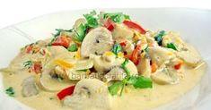 O mancare simpla si usor de preparat, ciupercile sunt absolut delicioase in sosul de smantana.