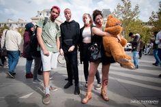 Zombie walk - Paris 2017 - le best of photographique par Dvelec Photography Zombie Walk, Fur Coat, Walking, Paris, Fashion, Nice Makeup, Photography, Moda, Montmartre Paris