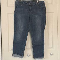 "LC Lauren Conrad Medium wash Cropped Jeans SZ 14 LC Lauren Conrad medium wash crop jeans (28"" inseam). Size 14. In great condition! LC Lauren Conrad Jeans Ankle & Cropped"