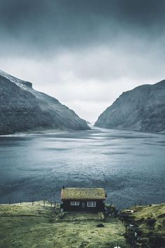 Faroe Islands Photo By: Landscape Photography, Nature Photography, Travel Photography, Places To Travel, Places To Visit, Travel Destinations, Beautiful Places, Beautiful Pictures, Rivage